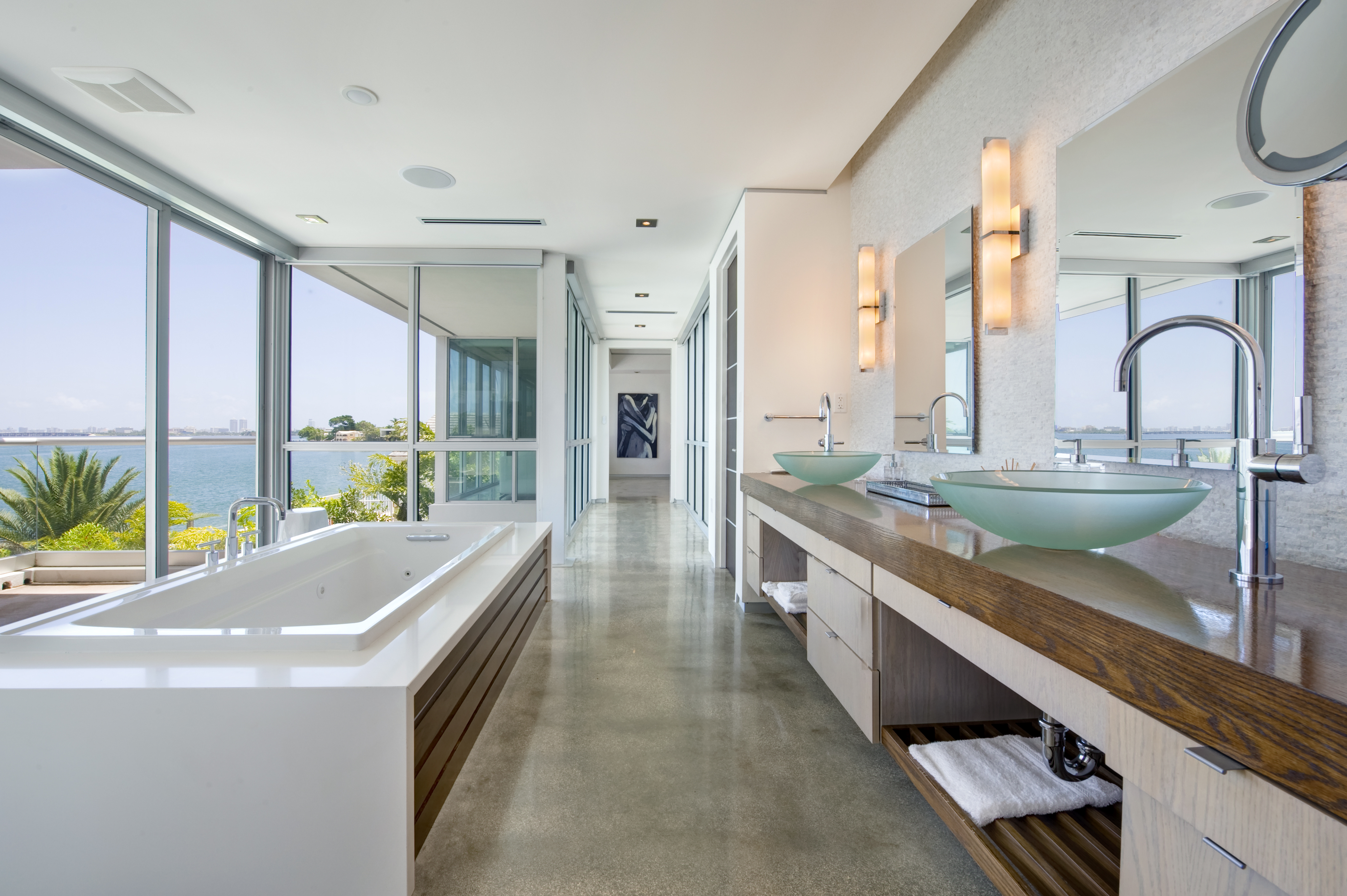 12-Master_Bathroom